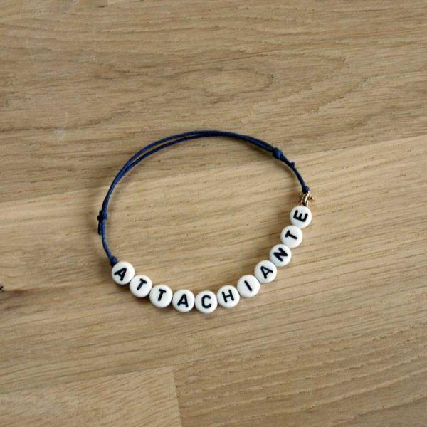 Bracelet attachiante