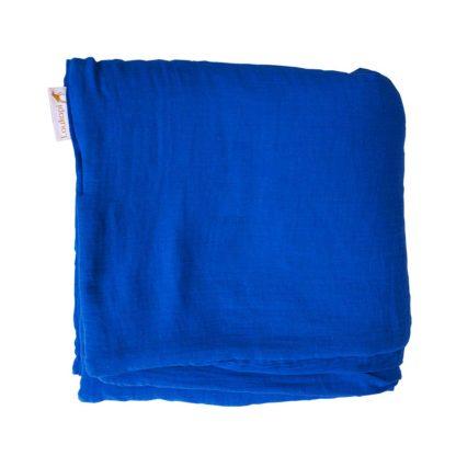 couverture pliée bleu