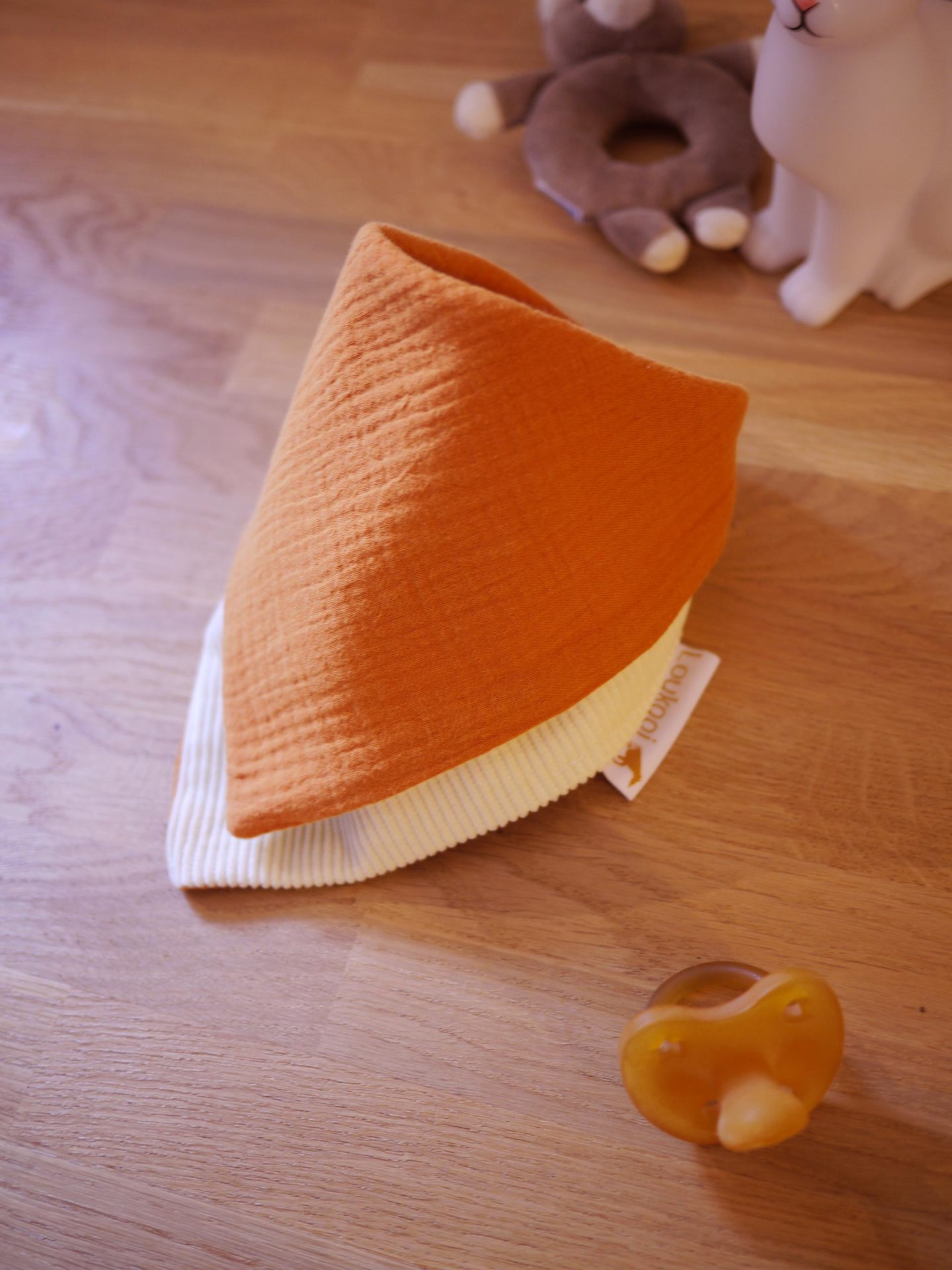 Bavoir bandana unisexe gaze de coton orange