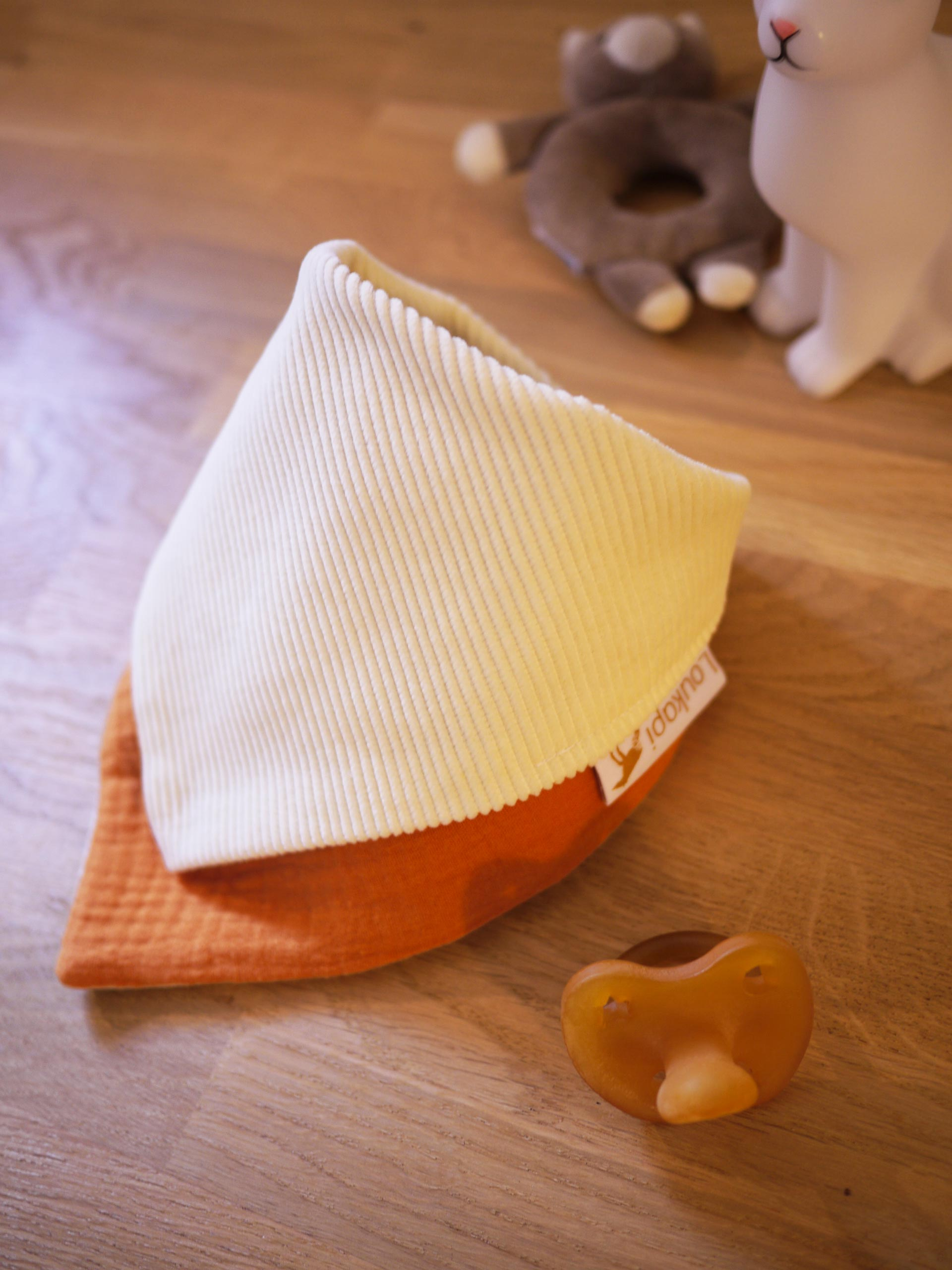 Bavoir bandana unisexe gaze de coton orange et velours